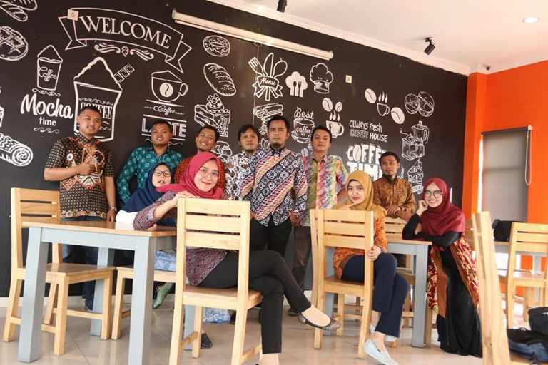 Slimfit Batikdlidir adalah Pabrik dan Konveksi Batik